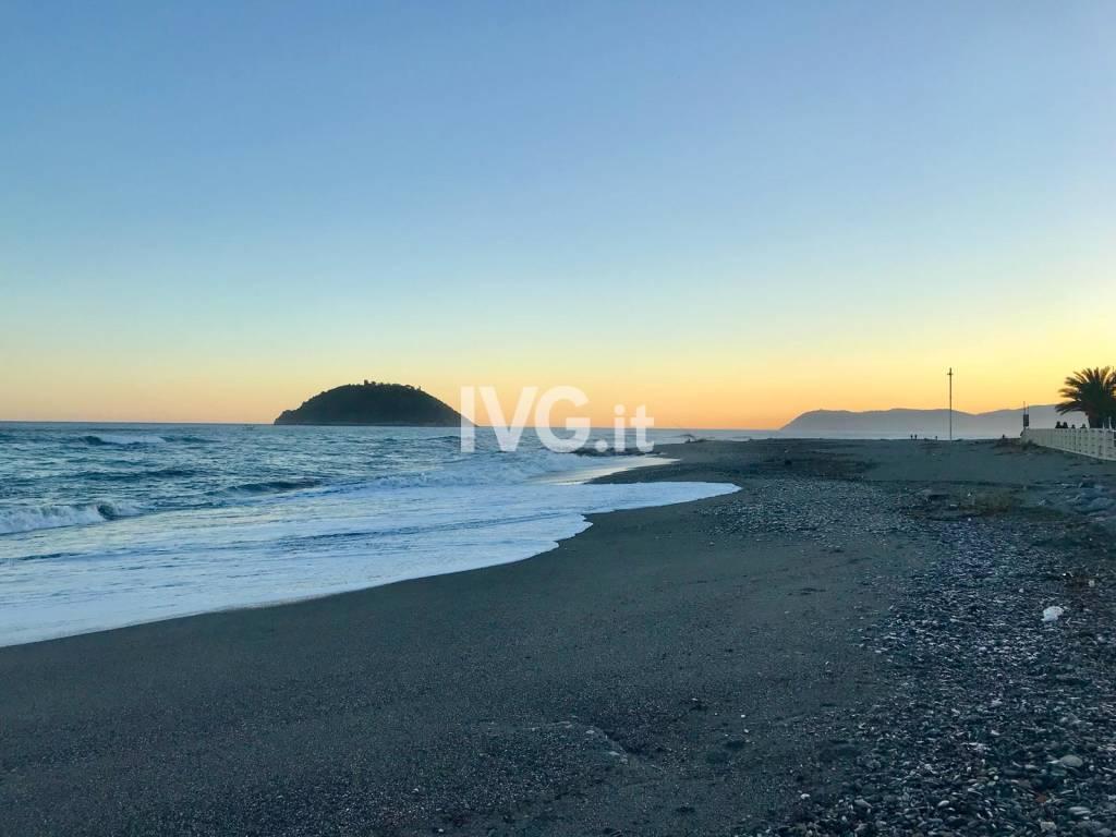 Spiaggia Jova Beach Party Albenga