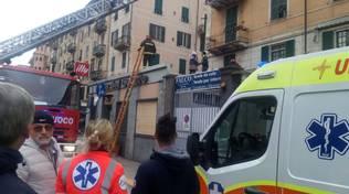 Suicidio in corso Mazzini a Savona