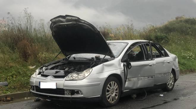 Auto Abbandonata Albenga