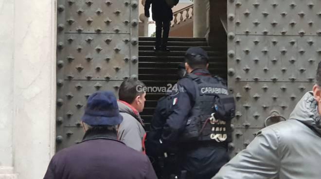 allarme bomba a palazzo tursi