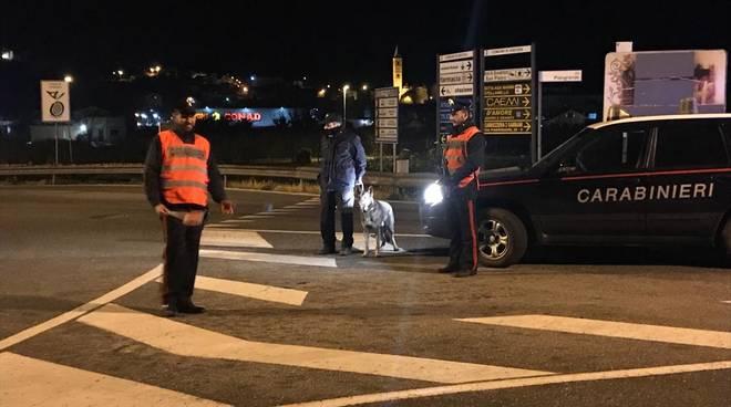 controlli carabinieri alassio notte