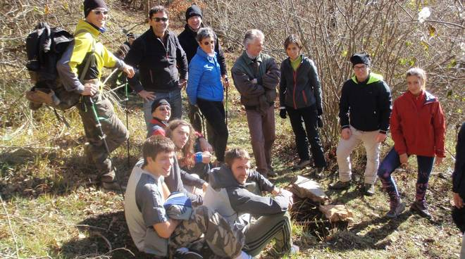 Gruppo Grotte CAI Savona escursione Valli Toiranesi