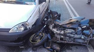 incidente furgone moto via giacometti