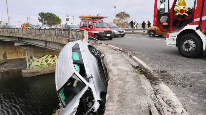 incidente ponte cogoleto