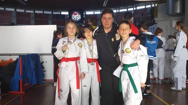 Lanterna Taekwondo