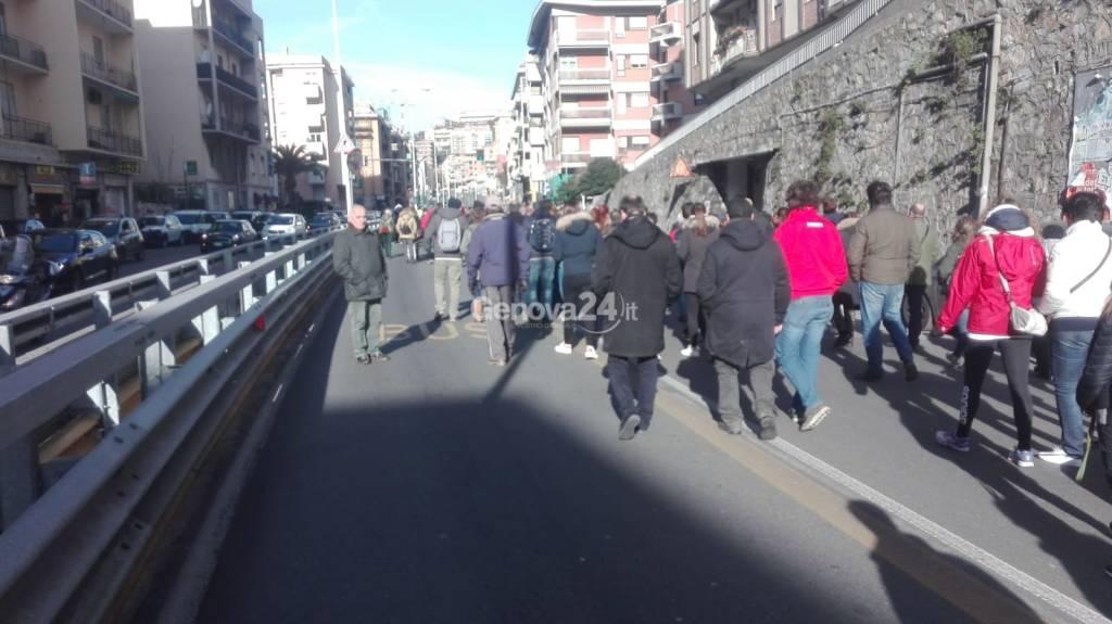 Manifestazione pro scolmatore Vernazza Chiappeto