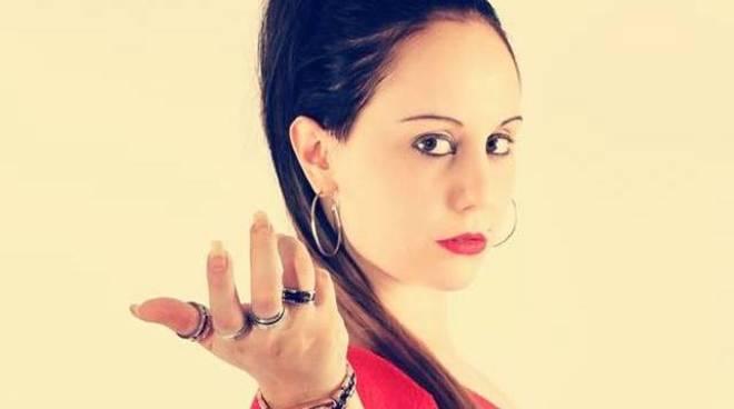 Martina Naso alias Mystic flaMe cantante