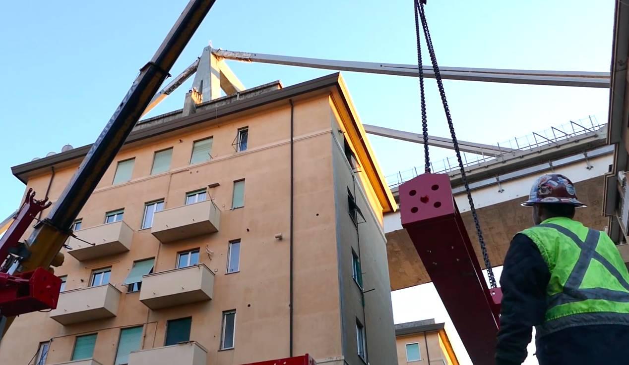 Montaggio torri pila 10 ponte morandi