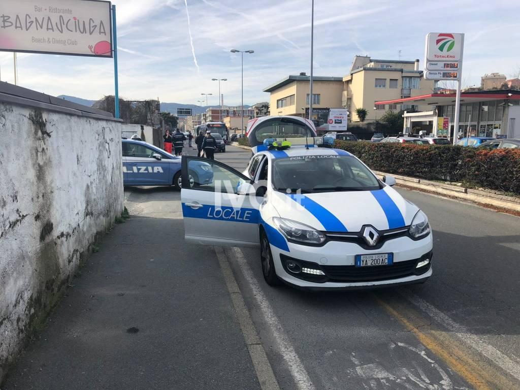 Savona, ciclista investito sulla via Aurelia