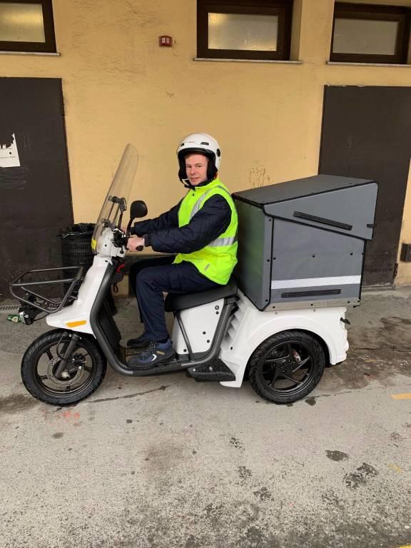 tricicli elettrici poste