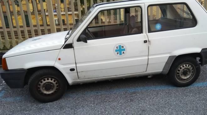 auto Enpa Albenga vandalizzata