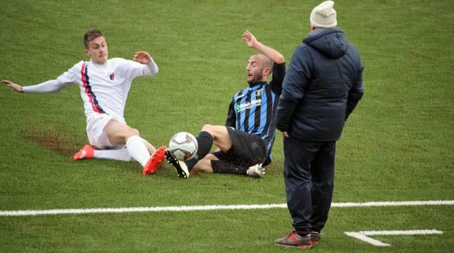 Calcio, Eccellenza: Vado vs Imperia