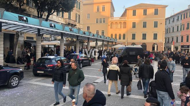 carabinieri blitz antidroga piazza sisto