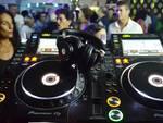 San Faustino al Cezanne: festa dei single con stage latino, disco e revival