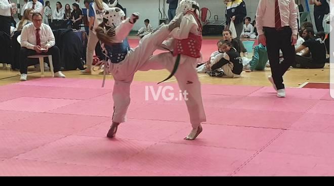 Taekwondo Olympic Center conquista il trofeo lanterna