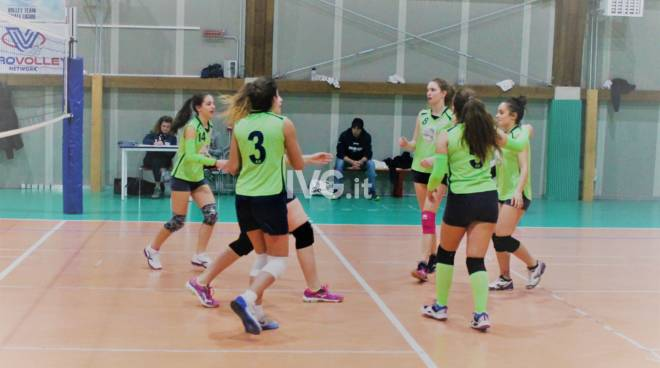 Volley Team Finale. Under 14 Femminile, perdere un set per crescere ancora