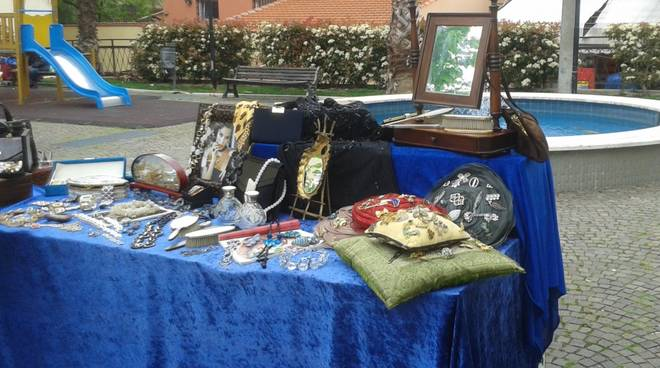 Mercatino Antichità e Collezionismo Loano