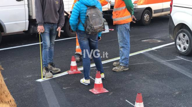 """Savona, i lavori per sistemare i parcheggi """"sballati"""" di corso Tardy e Benech"""