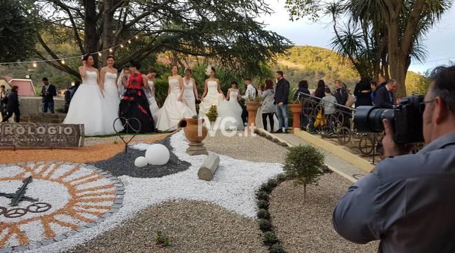"""237346fd75c3 Grande successo per il """"Wedding Day e sfilata spose"""" all Orologio di  Ortovero - Liguria24"""