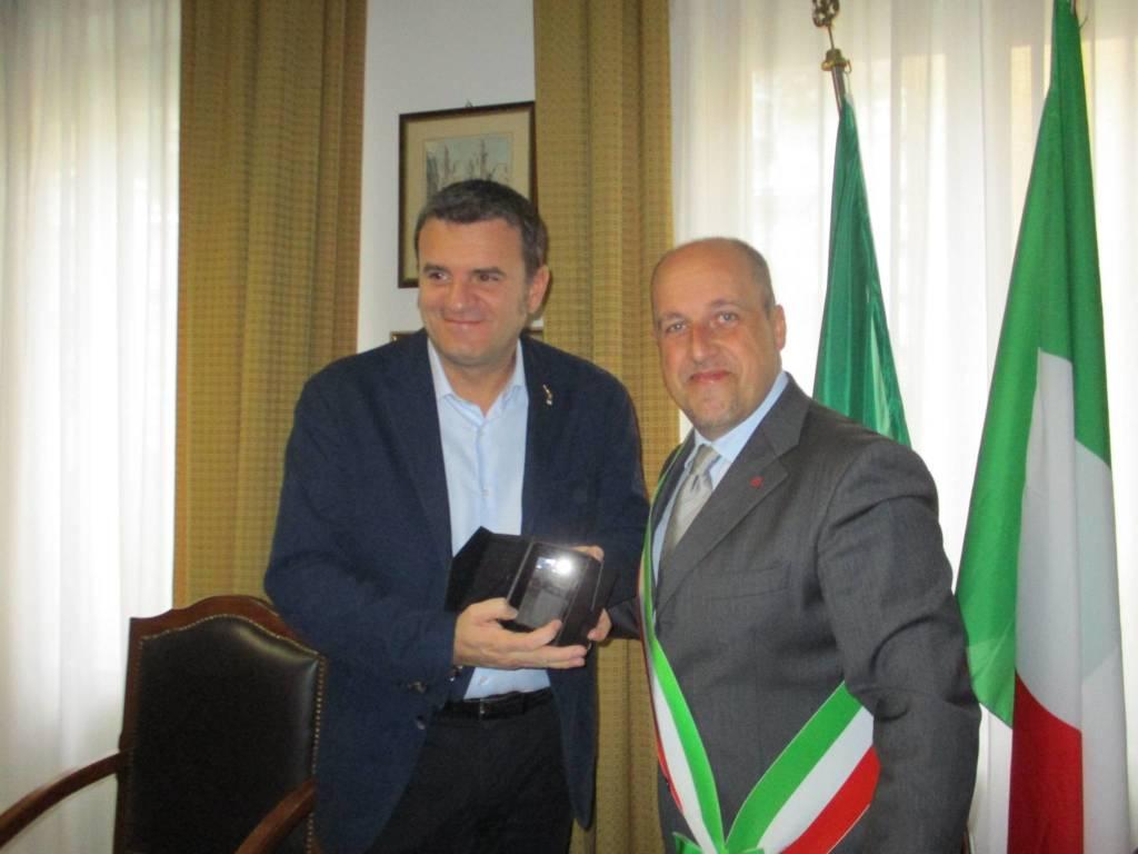Il ministro Centinaio in visita nel ponente savonese