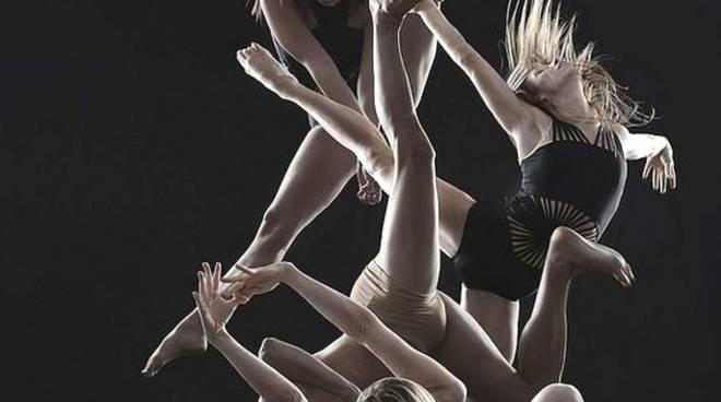 """""""Plurale femminile"""" spettacolo musica danza Savona"""