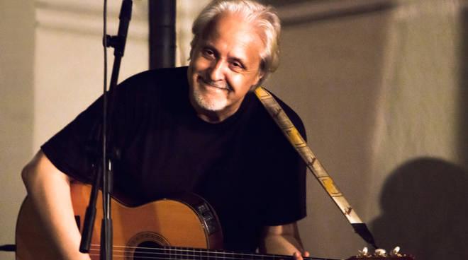 Gian Piero Alloisio cantautore