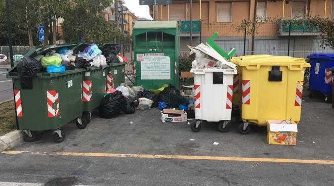 Rifiuti Bidoni Borghetto