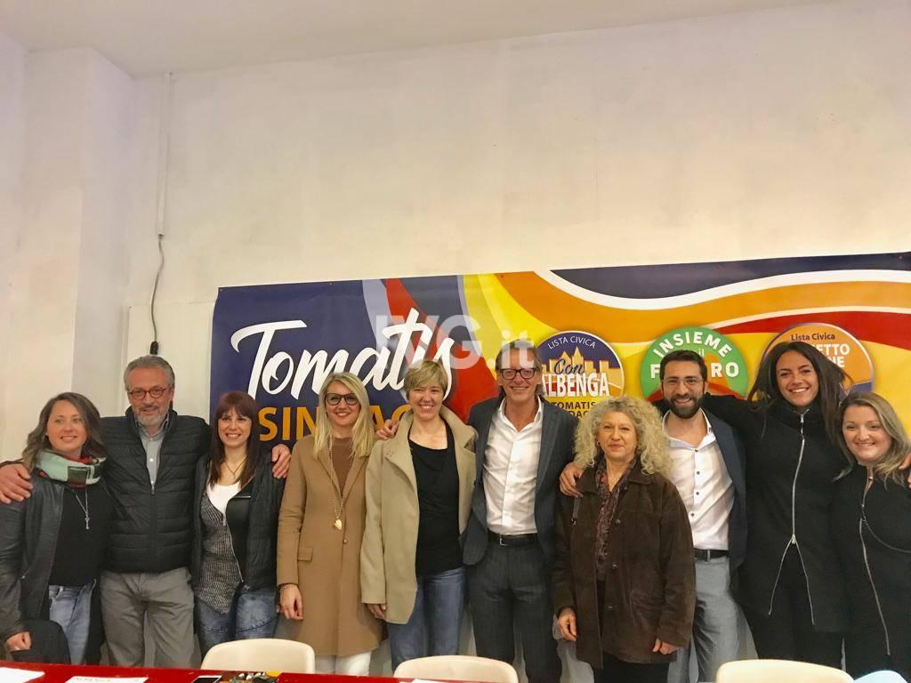 Albenga, inaugurazione del point elettorale di Riccardo Tomatis