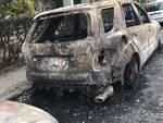 auto fuoco incendio fiamme