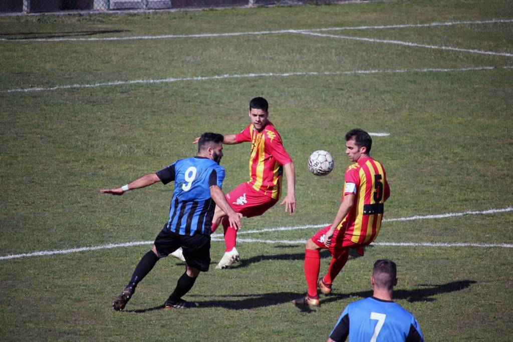 Calcio, Eccellenza: Imperia vs Finale