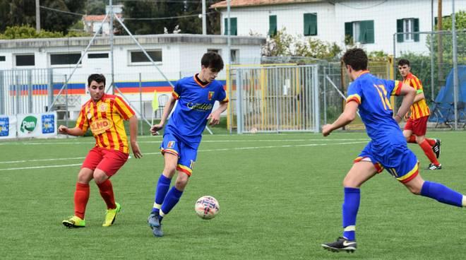 Calcio, Juniores: Dianese e Golfo contro Celle Ligure