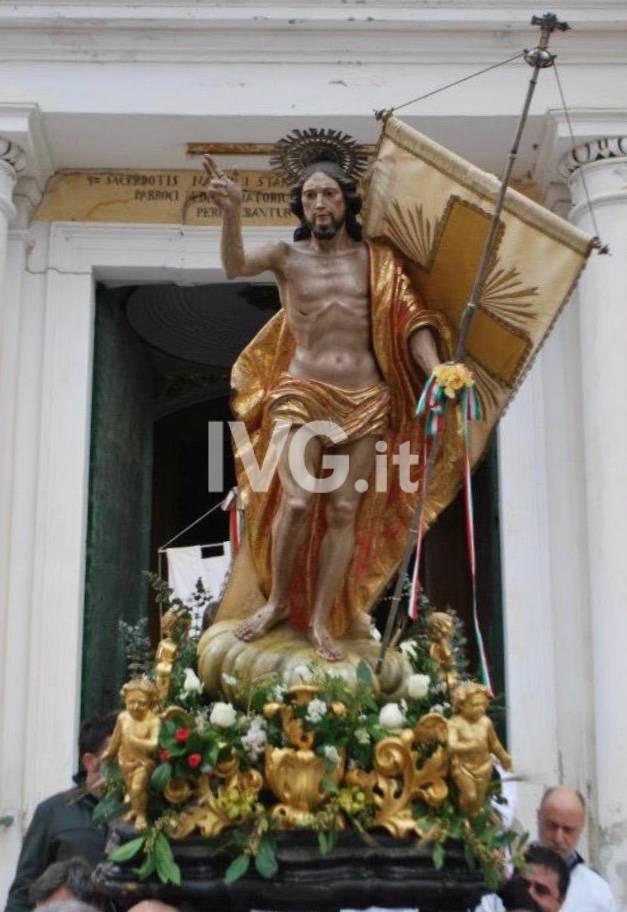 300 anni di storia nella processione del Cristo Risorto  ad Orco Feglino