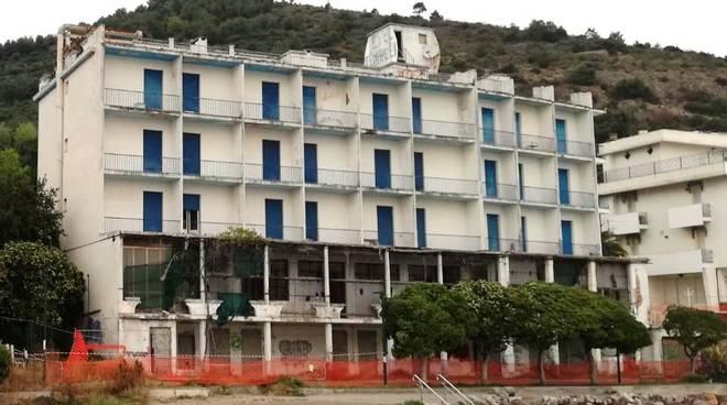 Ex Hotel Torelli Ceriale