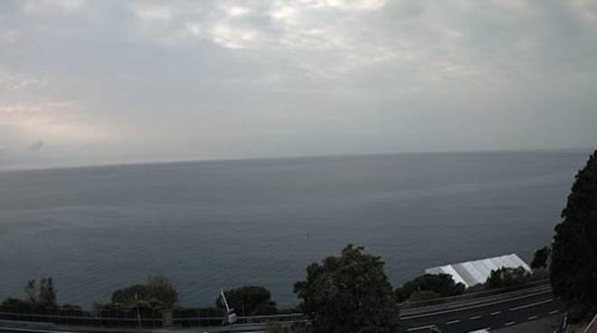 Foto Meteo Varazze 13 aprile nuvoloso