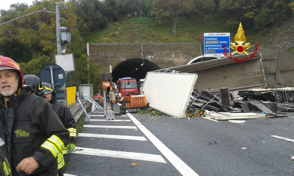 Incidente A12 tra Sestri Levante e Lavagna