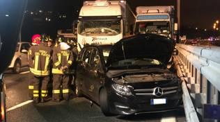 Incidente stradale sull'A10 al casello di Savona