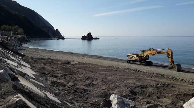 ripascimenti e lavori in spiaggia