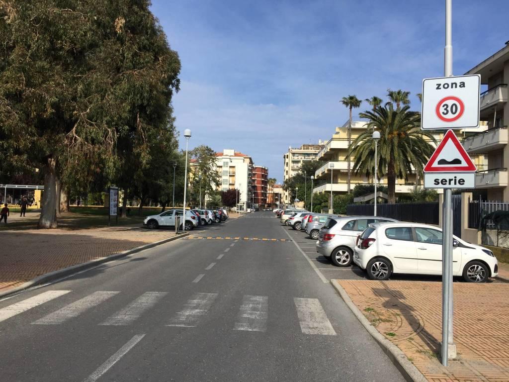 Dossi piazza Europa Albenga