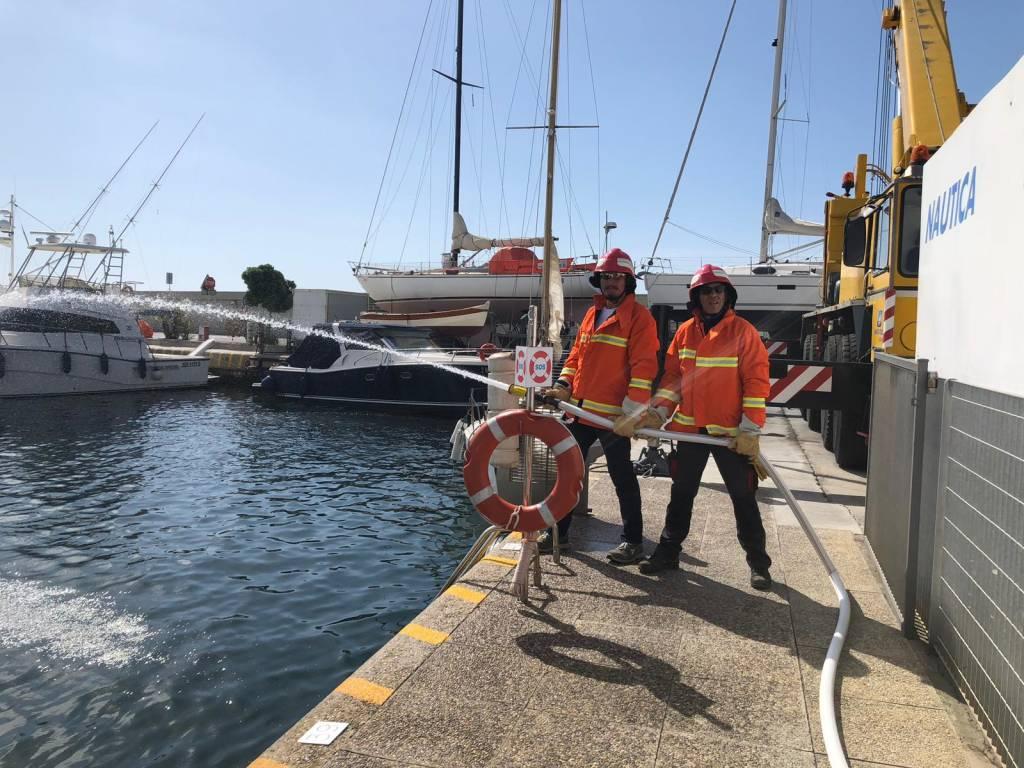 Esercitazione al porto di Andora