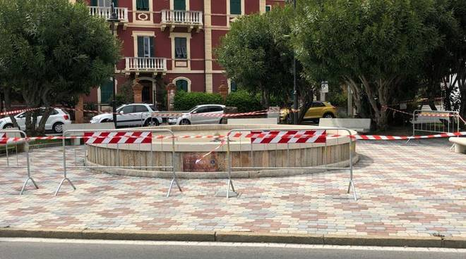 Fontana piazza Marconi Albenga