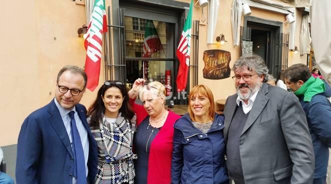 Forza Italia pietra