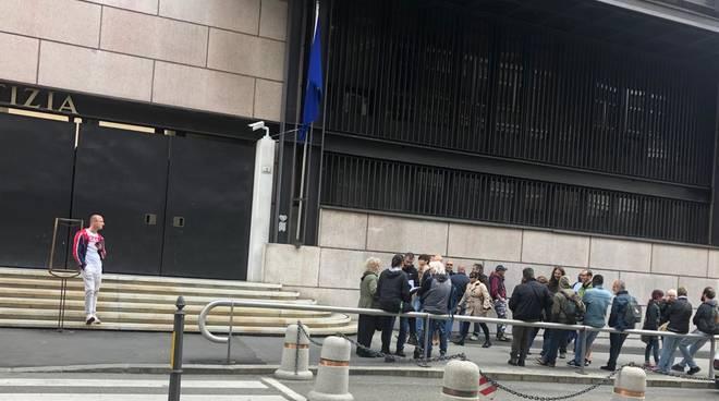 presidio tribunale manifestanti comizio casapound