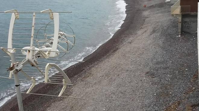 riprofilatura spiaggia sturla