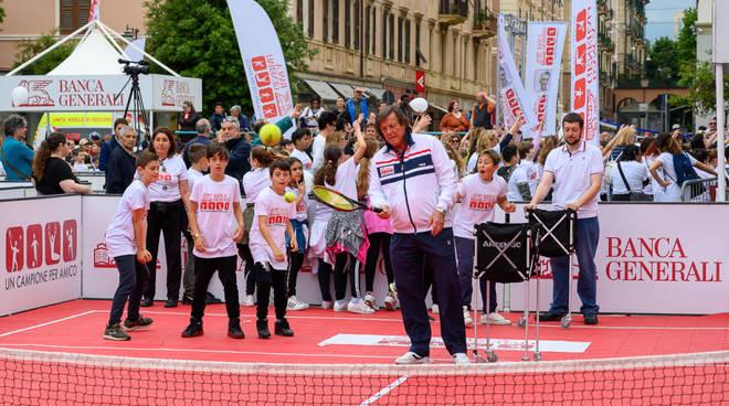 """Savona, in scena """"Un Campione per Amico"""":oltre 700 bambini in festa"""