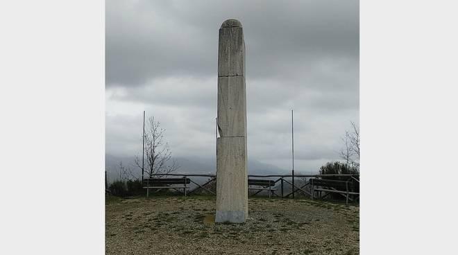 stele sentinella della pace Casanova Lerrone