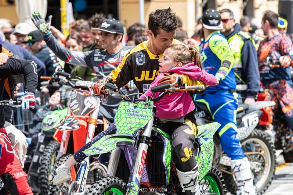Varazze, festa per la mototerapia di Vanni Oddera