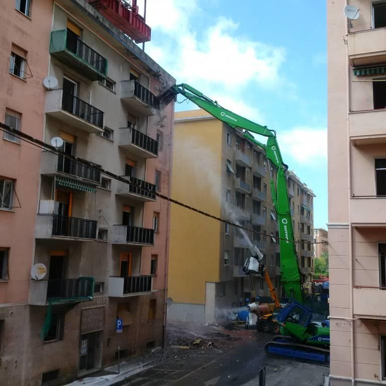 Demolizioni via Porro