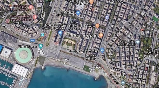 Ponte, successo in piazzale Kennedy per 'Una Ballata per Genova'