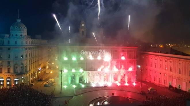 Fuoco d'artificio festa repubblica