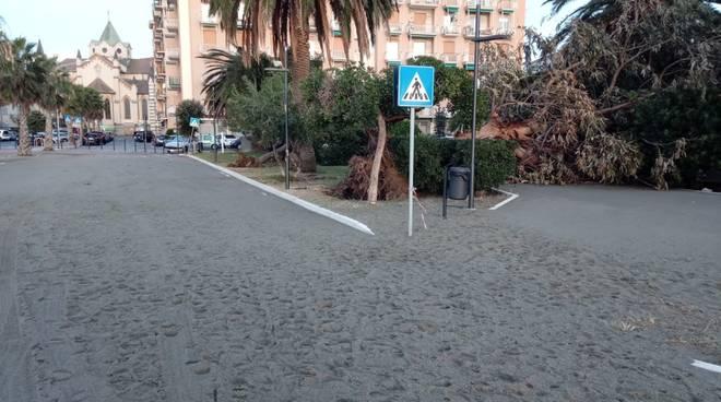 Savona Mareggiata Ottobre Zinola